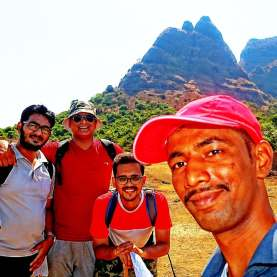 Group Selfie with fellow trekkers
